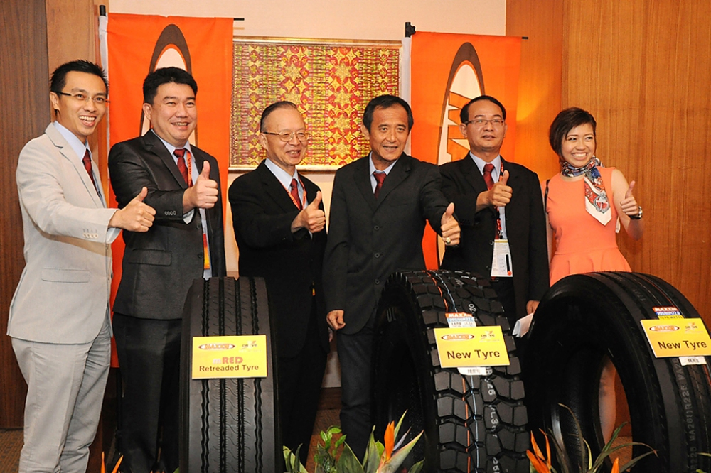 Kian Hon Launches the mRED and Co-hosts the 2013 MAXXIS Asian & African Distributor Conference