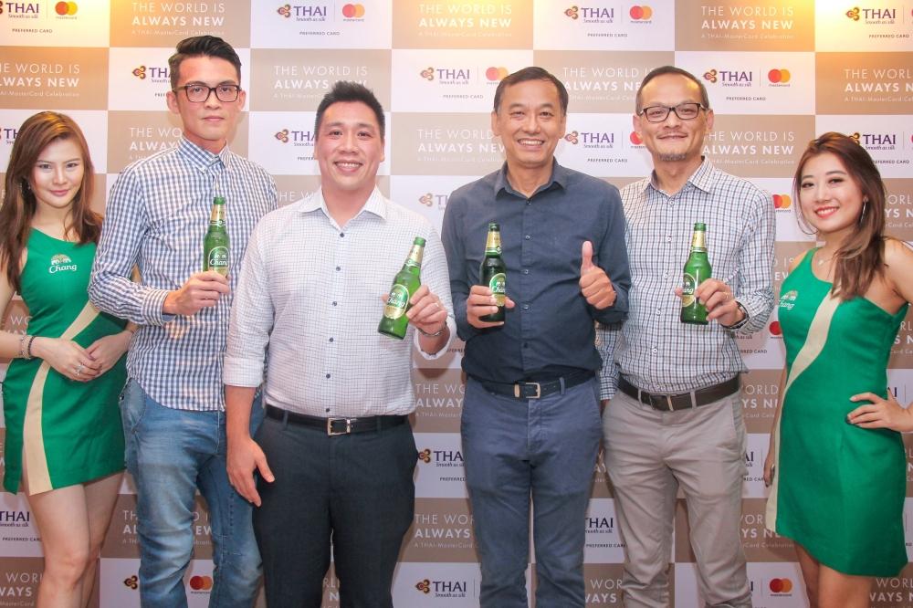 Fabian Toh, Gerald Pang, Peter Han, Sebastian Loh with Chang girls